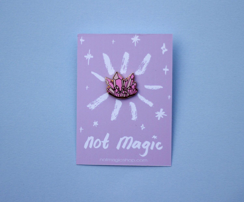 Rose Quartz Enamel Pin Rose quartz, Pin art, Cute pins