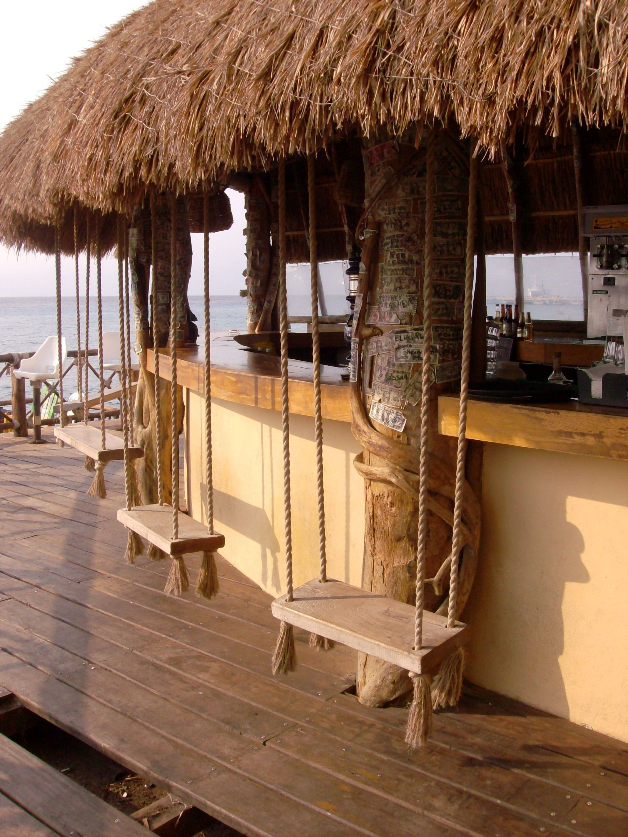 Swing Bar At The Margaritaville In Cozumel Fun But Be Careful  # Muebles Rusticos Cozumel