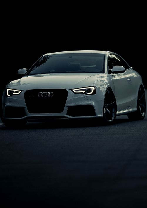 Audi RS5 coupé. If i do make it big, this is my #1 dream car :)