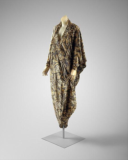 Evening coat (1913-19)