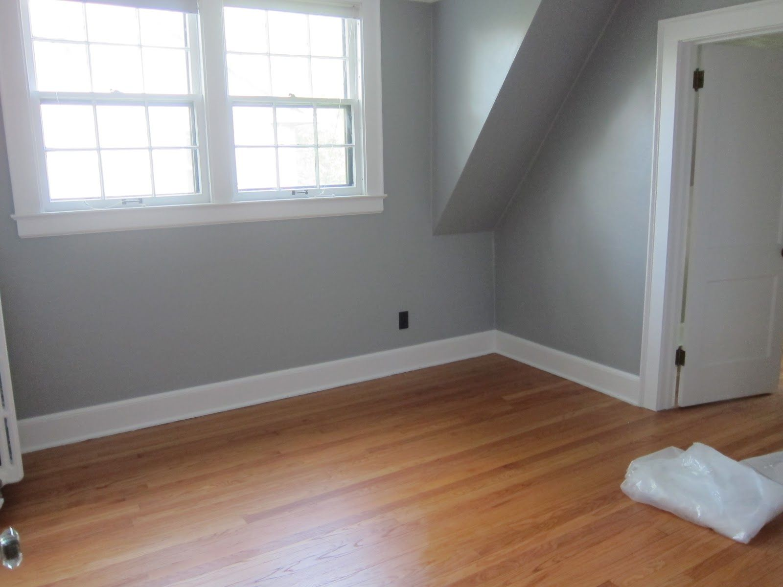 behr sparrow Living room grey, Boy room paint