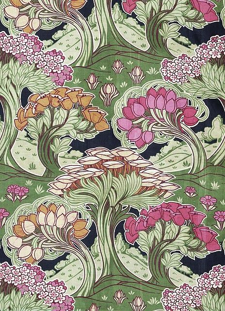 Roller printed cotton by F. Steiner  Co, 1902. From Garden Florals. V Publishing, 2010. www.vandabooks.com