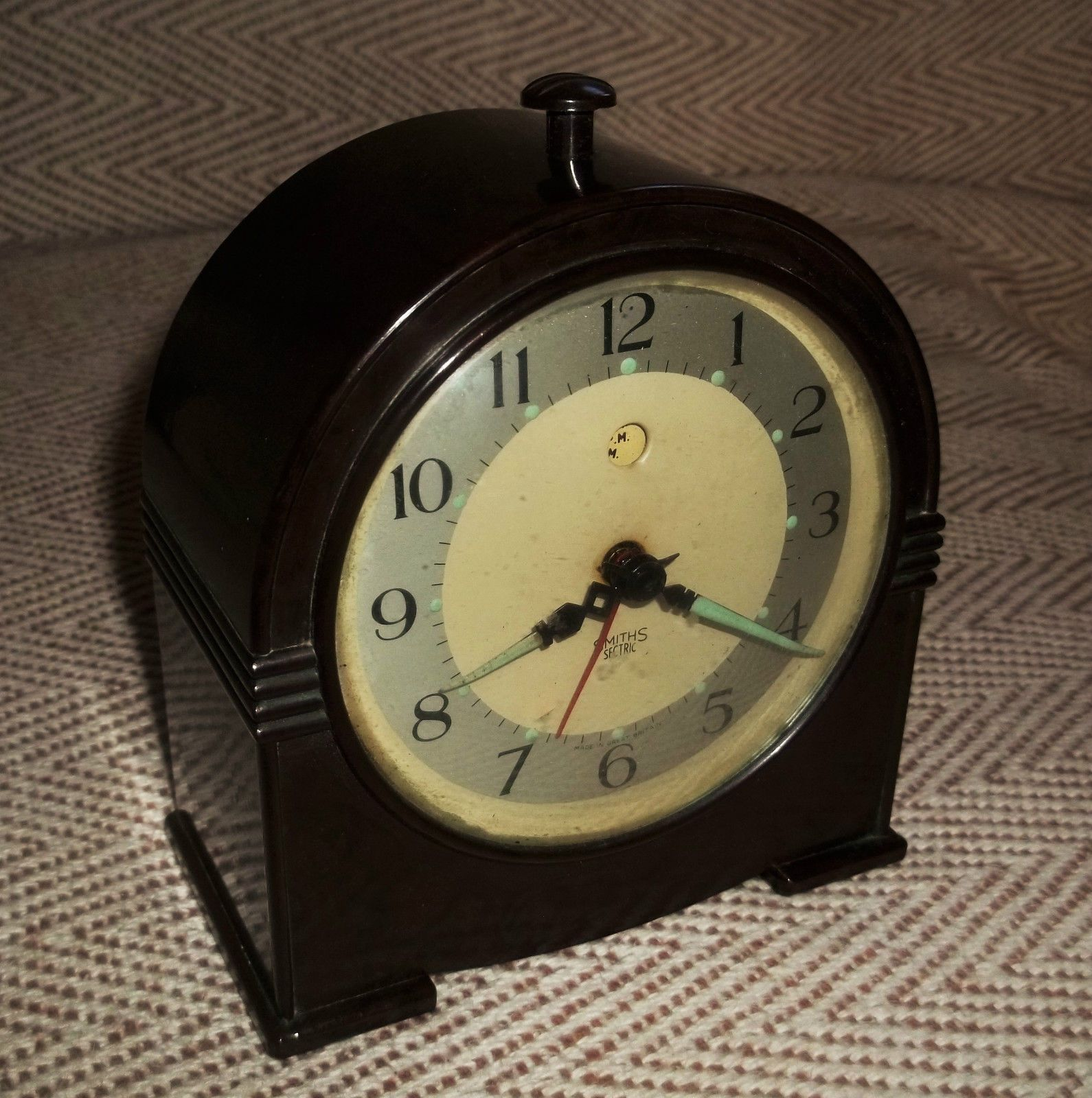 Delightful 1930 S Art Deco Smiths Sectric Electric Bakelite Alarm Clock Clock 1930s Art Deco Vintage Clock
