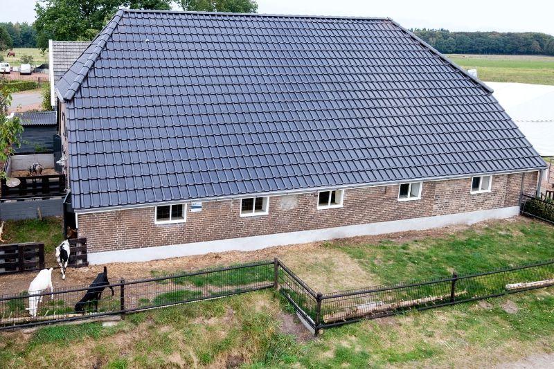 Zep Une Societe Neerlandaise Devance Tesla Avec La Creation De Ses Tuilessolaires Energiesolaire Https Fr Adali Solar Panels Solar Roof Solar Roof Tiles
