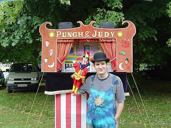 Mr Topples - Punch & Judy Shows | www.contrabandevents.com