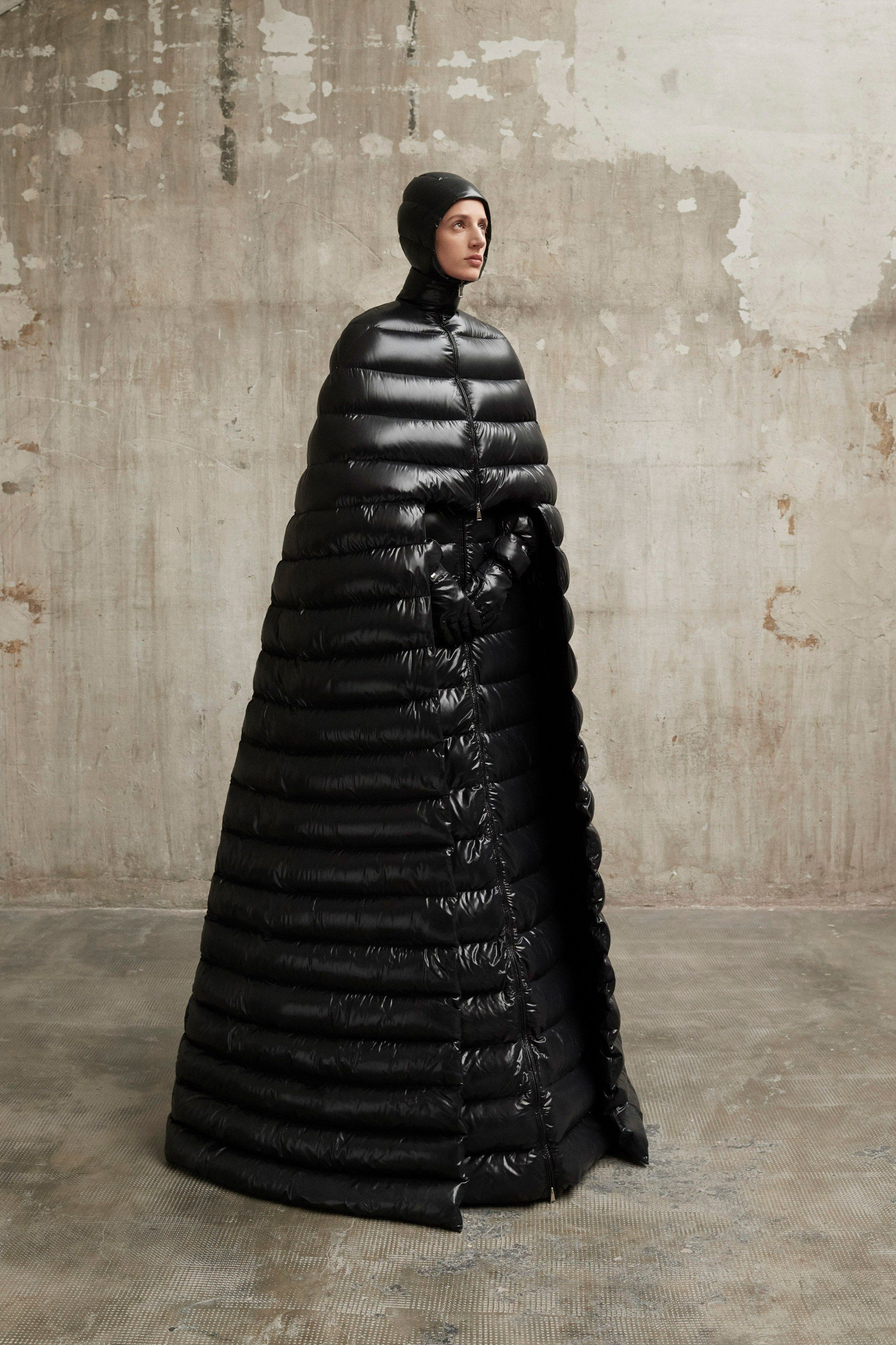 0a70c8c64a8b The complete Moncler 1 Pierpaolo Piccioli Fall 2018 Ready-to-Wear fashion  show now on Vogue Runway.