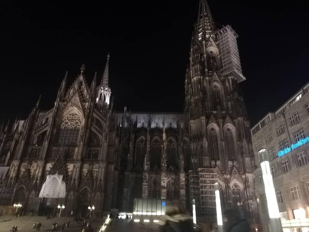 Watch The Best Youtube Videos Online Koln In March Kolnerdom Koln Sachsen Bavaria Czechrepublic Wheelchai Sightseeing Travel Blogger Cologne Cathedral