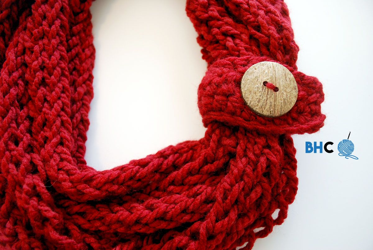Finger Knit Infinity Scarf | Finger knitting, Crochet and Craft