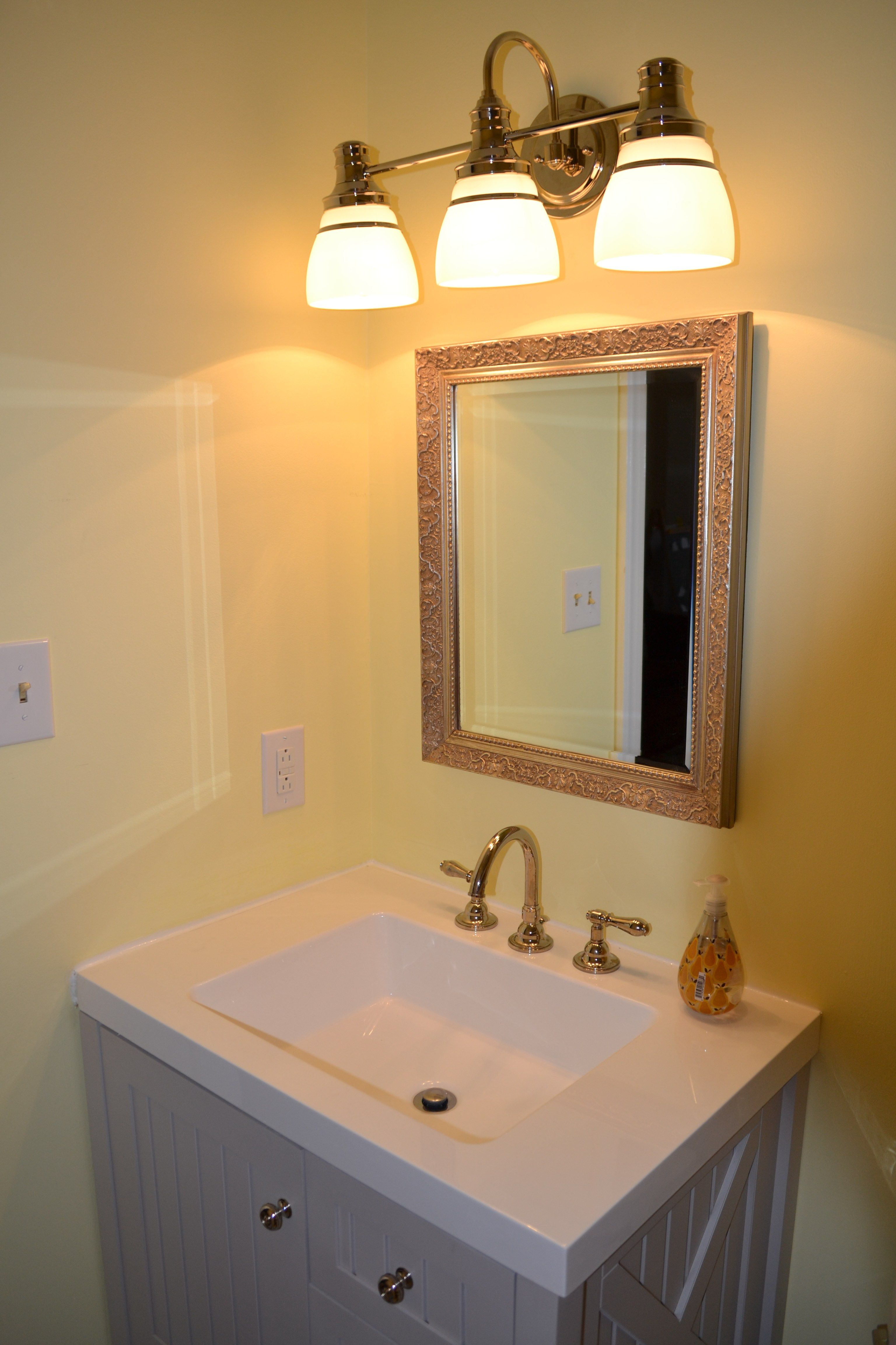 8 Ways to Prettify Bathroom Without Repacking Bathroom