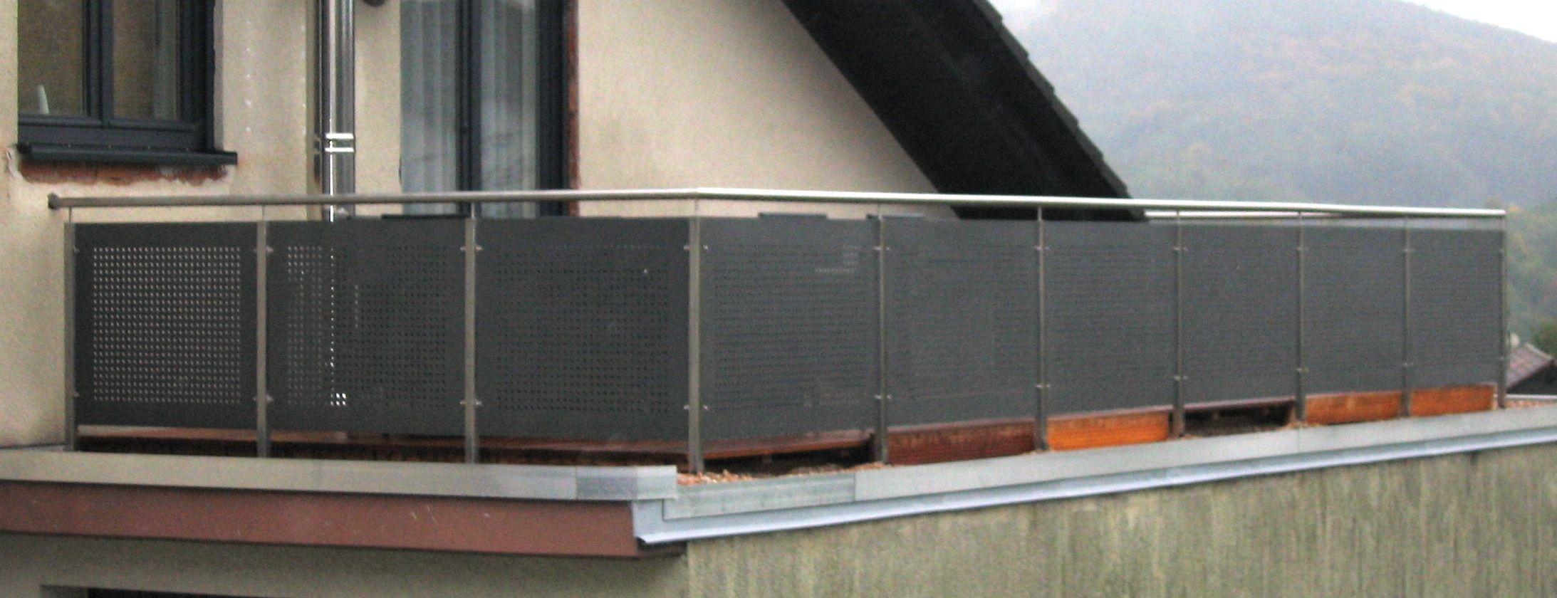 Balkon Gelander Lochblech Sichtschutz Garten