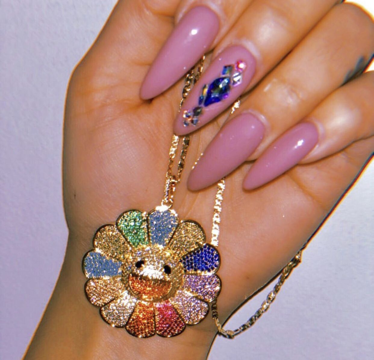 Pin by 𝓷𝓲𝓸𝓶𝓲 on bling Jewelry, Murakami flower, Flower