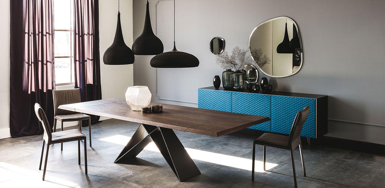 Precioso sal n con mobiliario de cattelanitalia for Mobili italiani design