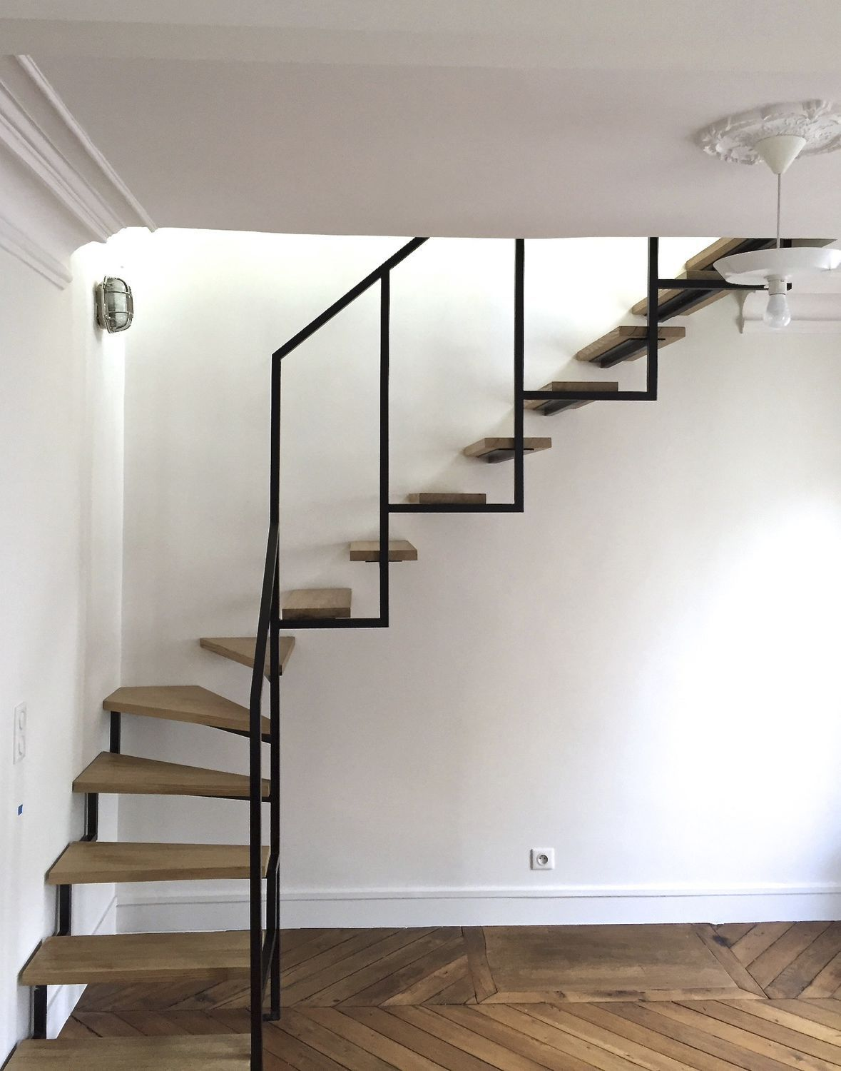 Best Quarter Turn Staircase Wooden Steps Steel Frame 400 x 300