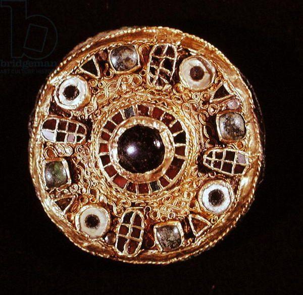 Round brooch (gold & cloisonne enamel)