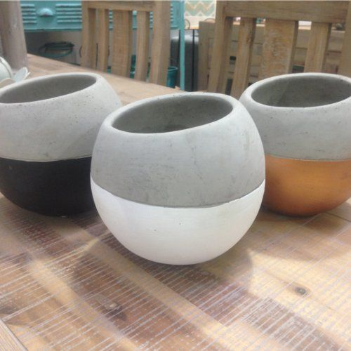 Round Cement Planter Vase These Look Stunning Displayed With - Diy two tone painted pots