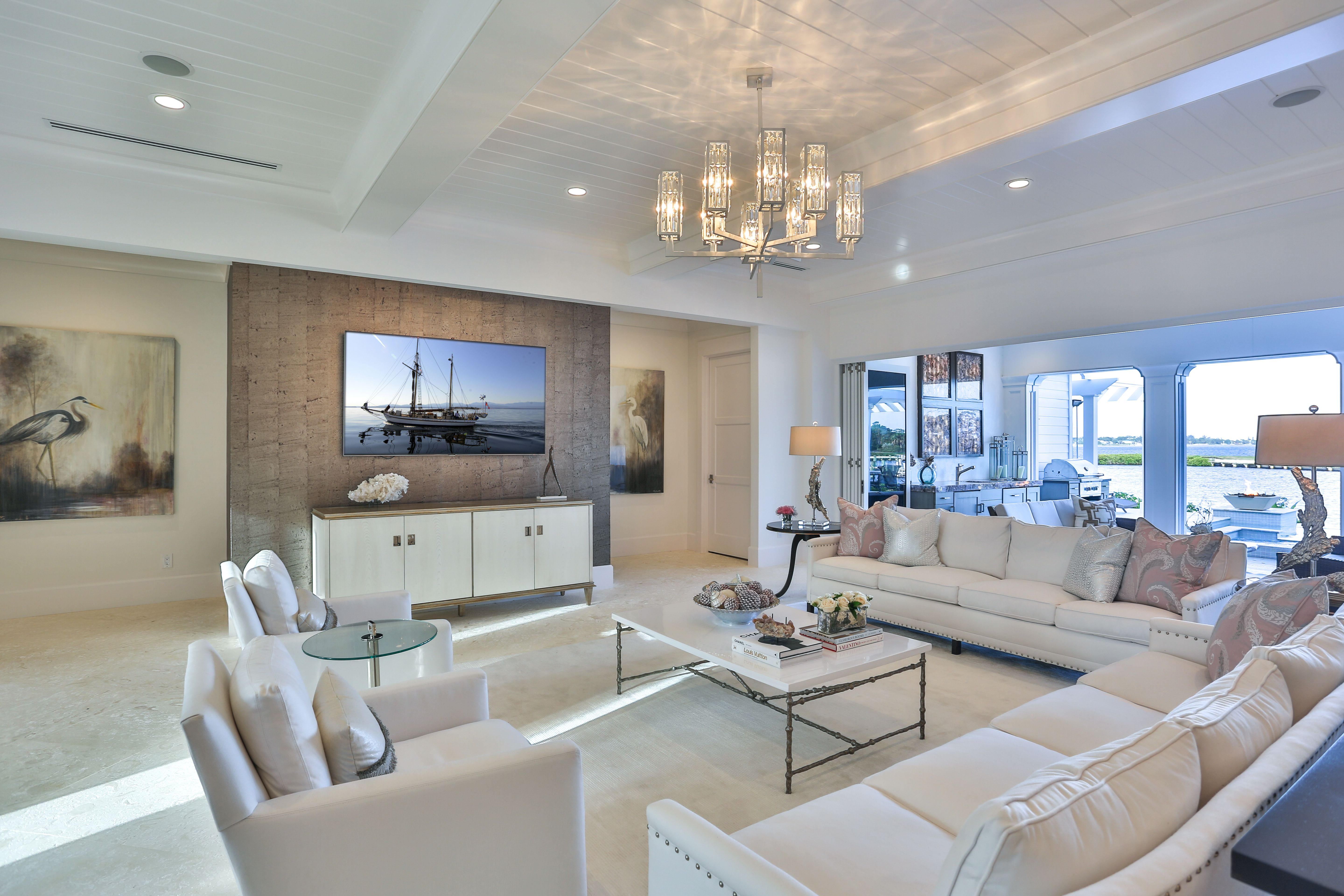 this regal, award winning interior design space features our