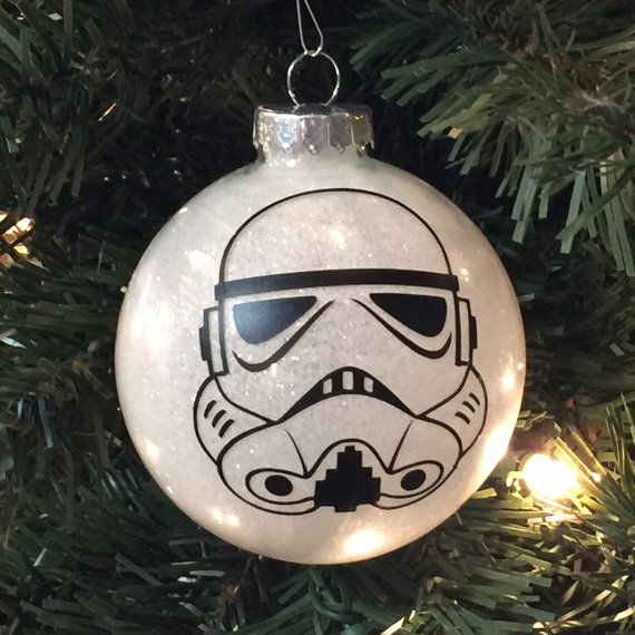 star wars inspired storm trooper christmas glitter ornament glass ball weihnachten. Black Bedroom Furniture Sets. Home Design Ideas