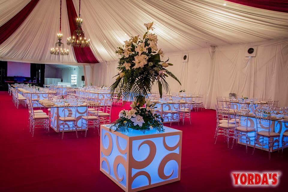Alquiler de #carpas y #mesas diseño para #bodas y #eventos, #sillas - mesas de diseo