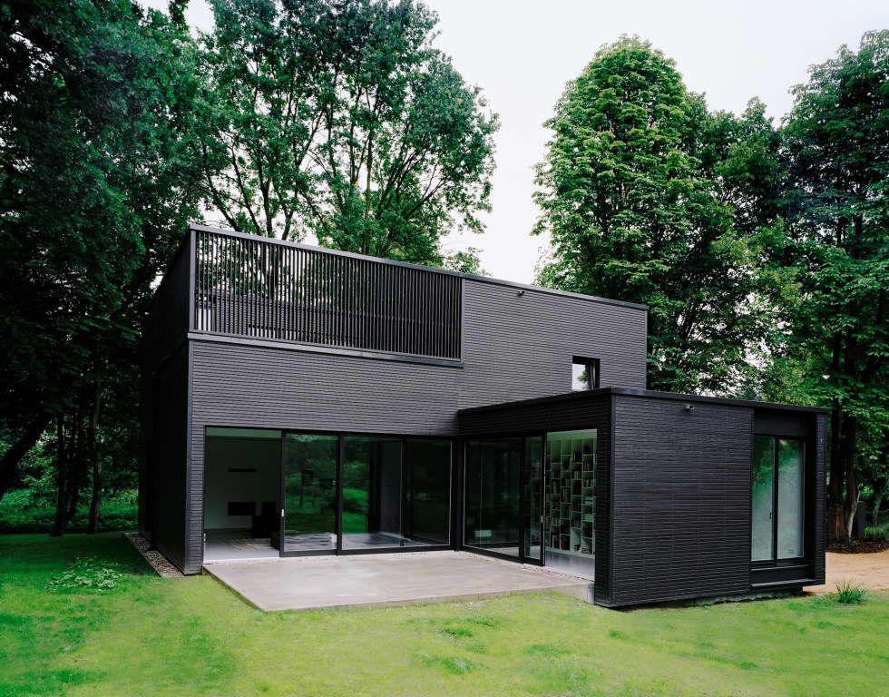 Privathaus bei Berlin: minimalistische Häuser von C95 ARCHITEKTEN