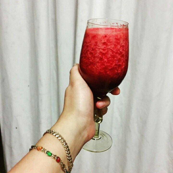 Beetroot + pineapple juice