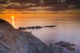 From a viewpoint below the Long Point Lighthouse there are stupendous views of Notre Dame Bay and the dramatic scenic coastline near the town of Twillingate - an ideal place to watch a stunning sunset.