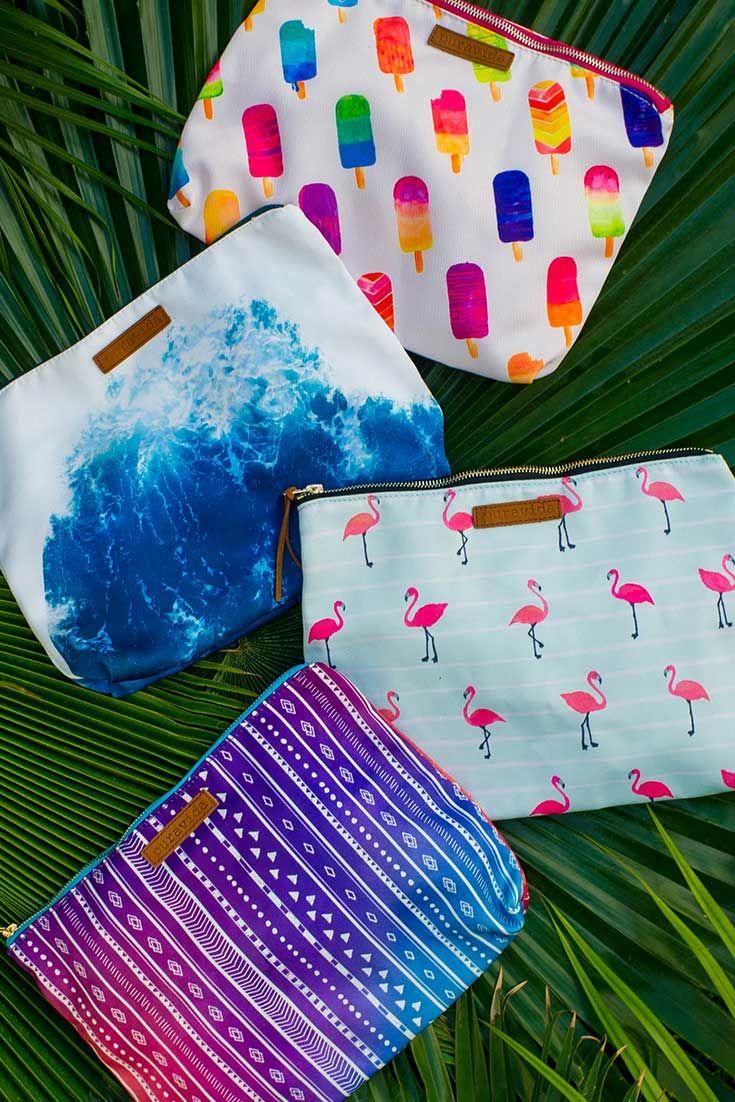 Statement Clutch - Palm Trees and Beach Fun by VIDA VIDA UBtxOSynhE