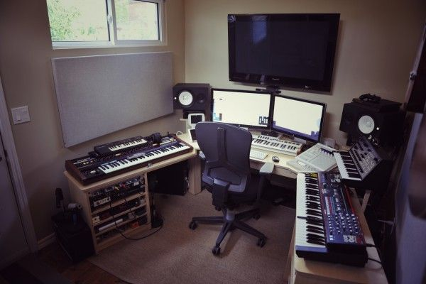 20 home studio recording setup ideas to inspire you. Black Bedroom Furniture Sets. Home Design Ideas
