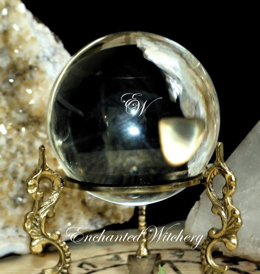 """Crystal Ball - Extra Large 6"""" - Let the crystal ball answers your questions"""