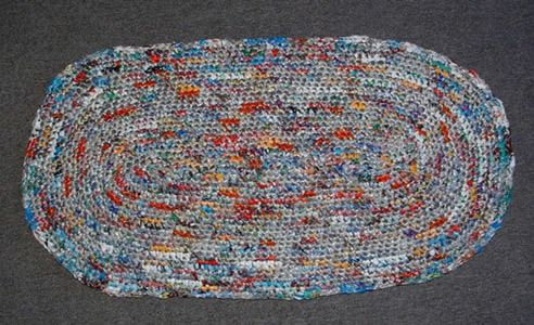 Crocheting A Rug Using Plarn Crochet Rug Patterns Crochet Rug Patterns Free Crochet Rug