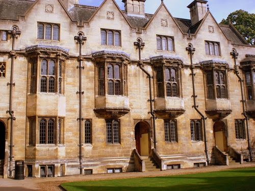 Merton College 24 Prime Ministers Studied Here The Elite Of The Country Alone 24 Prime Ministers Studied Here Came A Oxford Sudengland Harry Potter Film