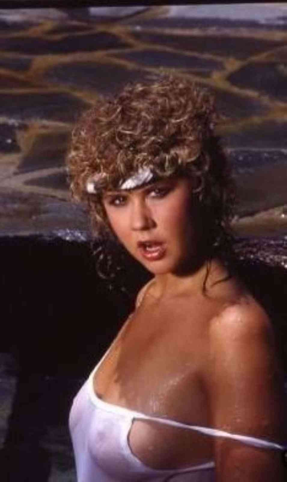 Linda Blaire Nude 75