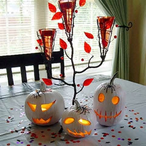 An adorable table setting The Halloween House Pinterest - indoor halloween decoration ideas