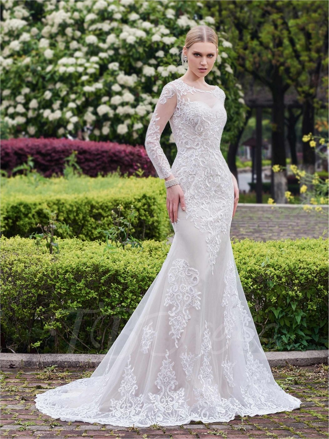 ivory long sleeve mermaid lace wedding dress floor length lace