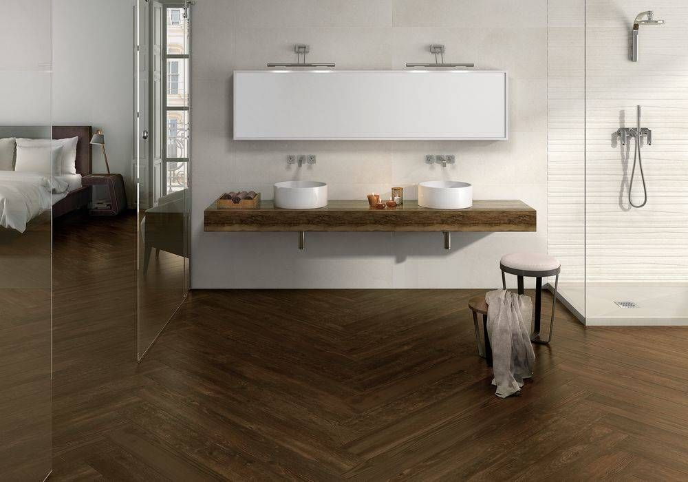 Eternal merbau porcel nico 20x120 rectificado ba os de for Gres porcelanico rectificado