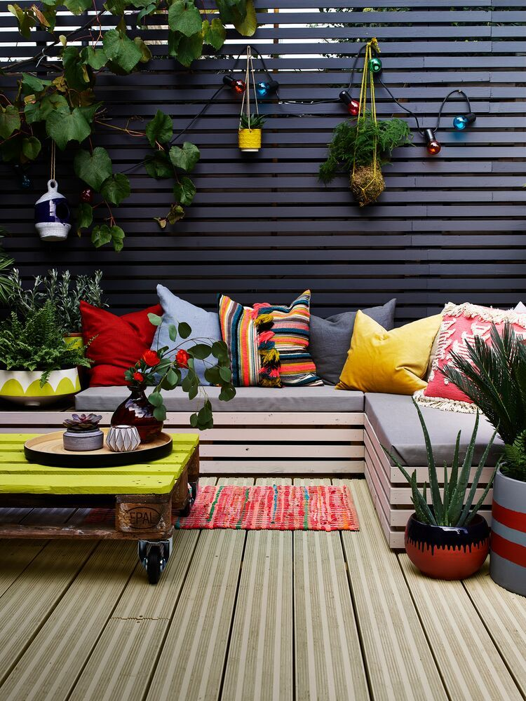 Terrasse Diy Coloree Terrace Decor Small Balcony Decor Colourful Living Room Decor