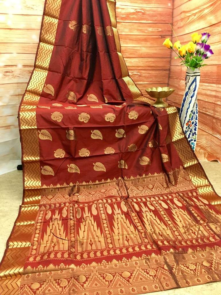 1d37525811c11 Rust Color Gold Zari Weaving Pure Kanjeevaram Silk Saree in 2019 ...