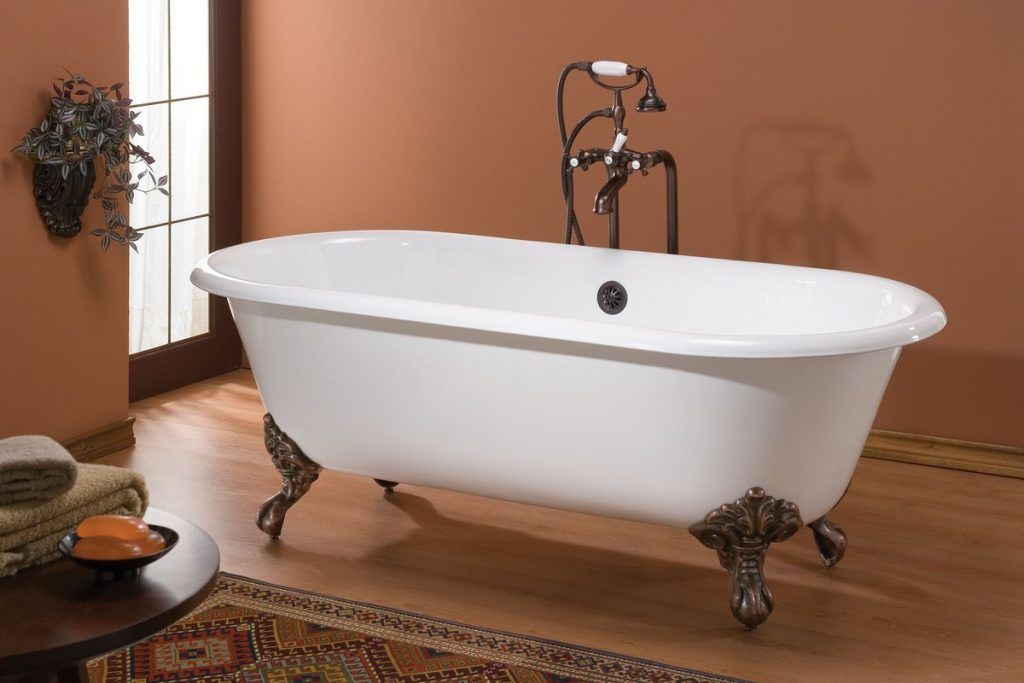 The Clawfoot Tubs And Clawfoot Tub Faucets Were Completely Made Of Cast Iron These Tubs Would Weigh More Th Soaking Bathtubs Vintage Bathtub Cast Iron Bathtub