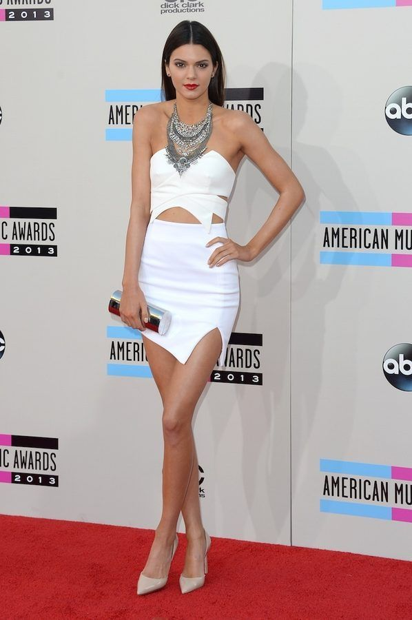 Black and White Dresses Dominated the AMA Red Carpet
