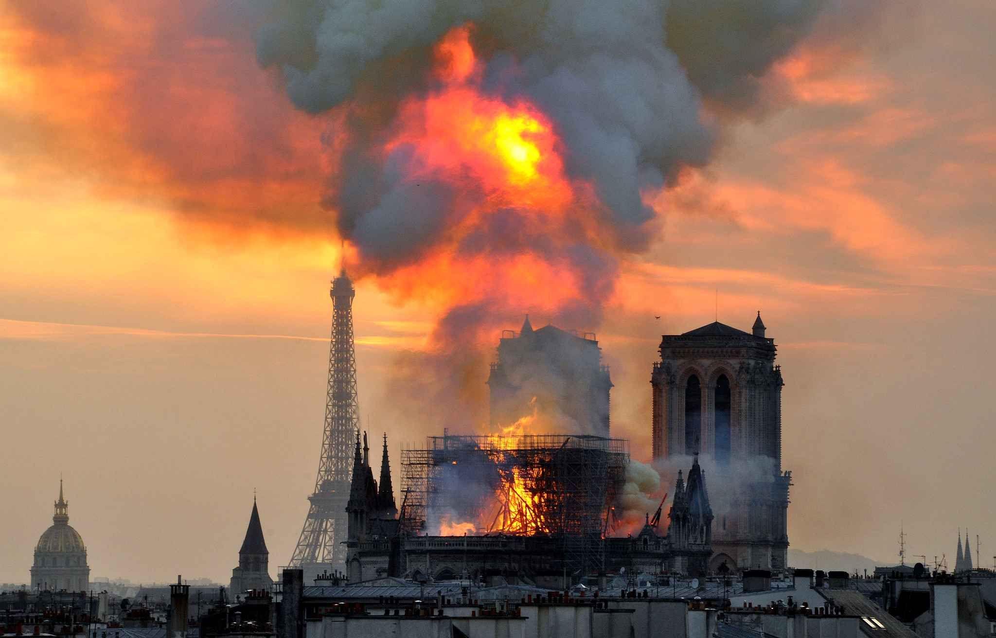 24 heures en images Notre dame de paris cathédrale, La