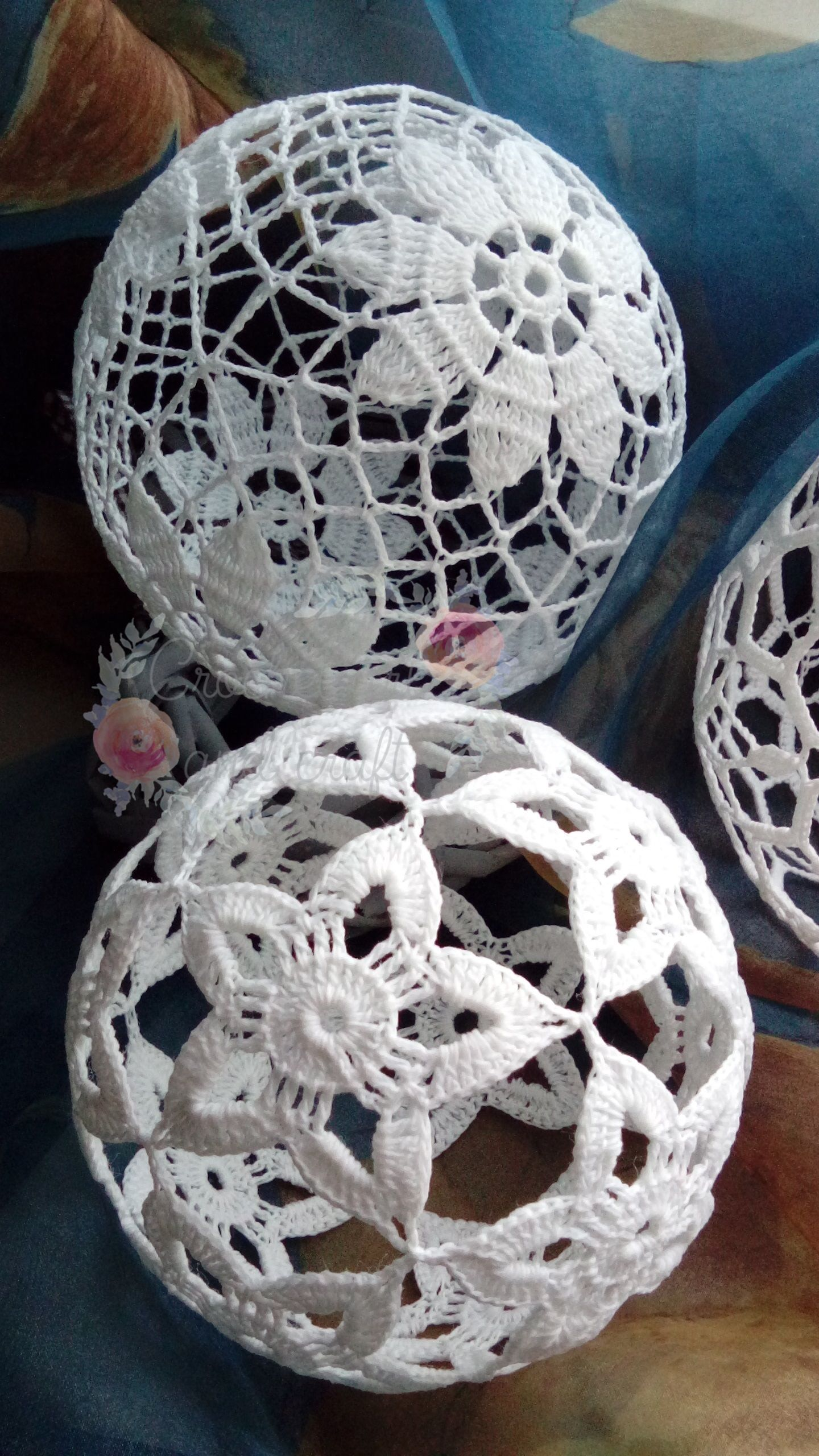 crochet cotton ball, Christmas decor https://www.facebook.com/olga ...