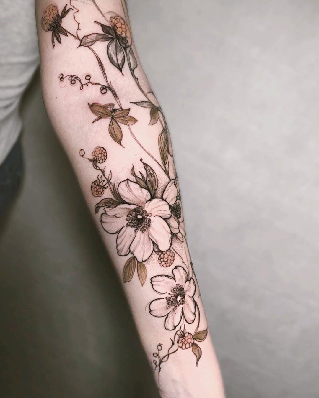 beautiful - hübsche Tätowierungen | Floral tattoo sleeve