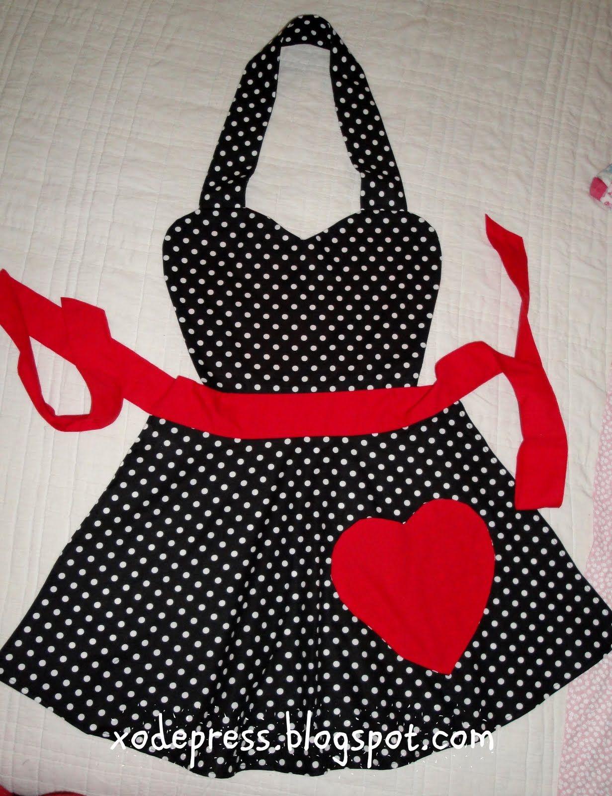 Sonho retrô*: Avental preto poás com detalhe em vermelho | enxoval ...