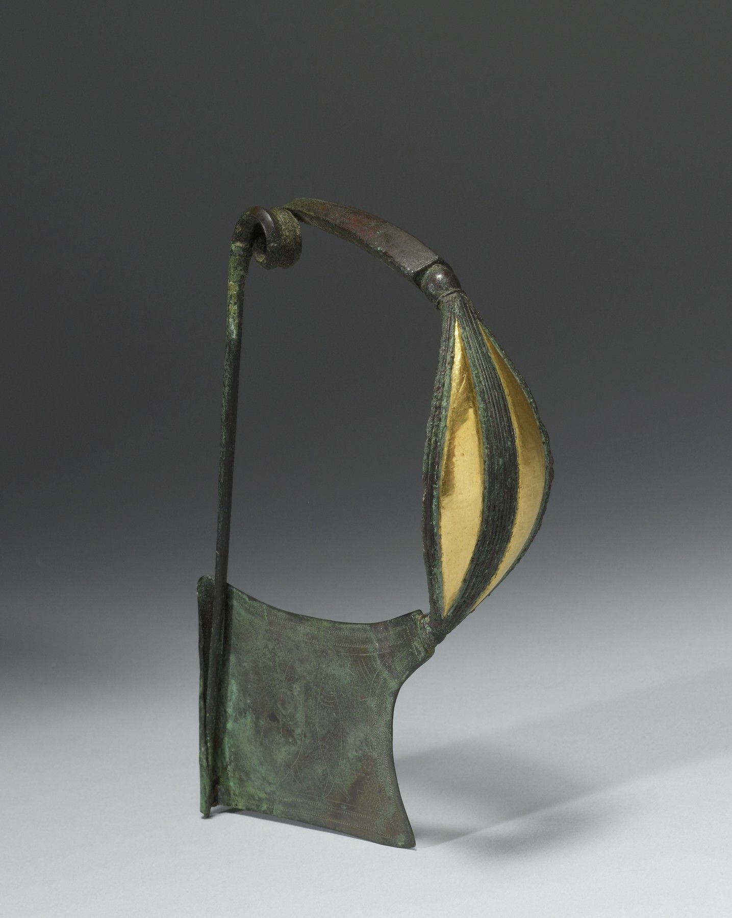 Plate Fibula - Greek, 750-700 BC (Archaic). bronze inlaid with gold