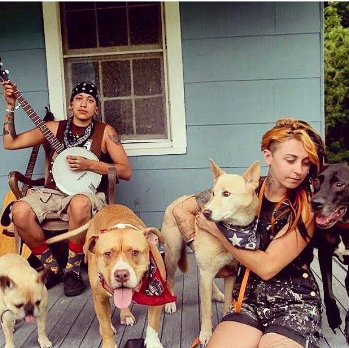 Mariah And Her Gfriend Villalobos Rescue Center Pitbulls Pit Bulls Parolees