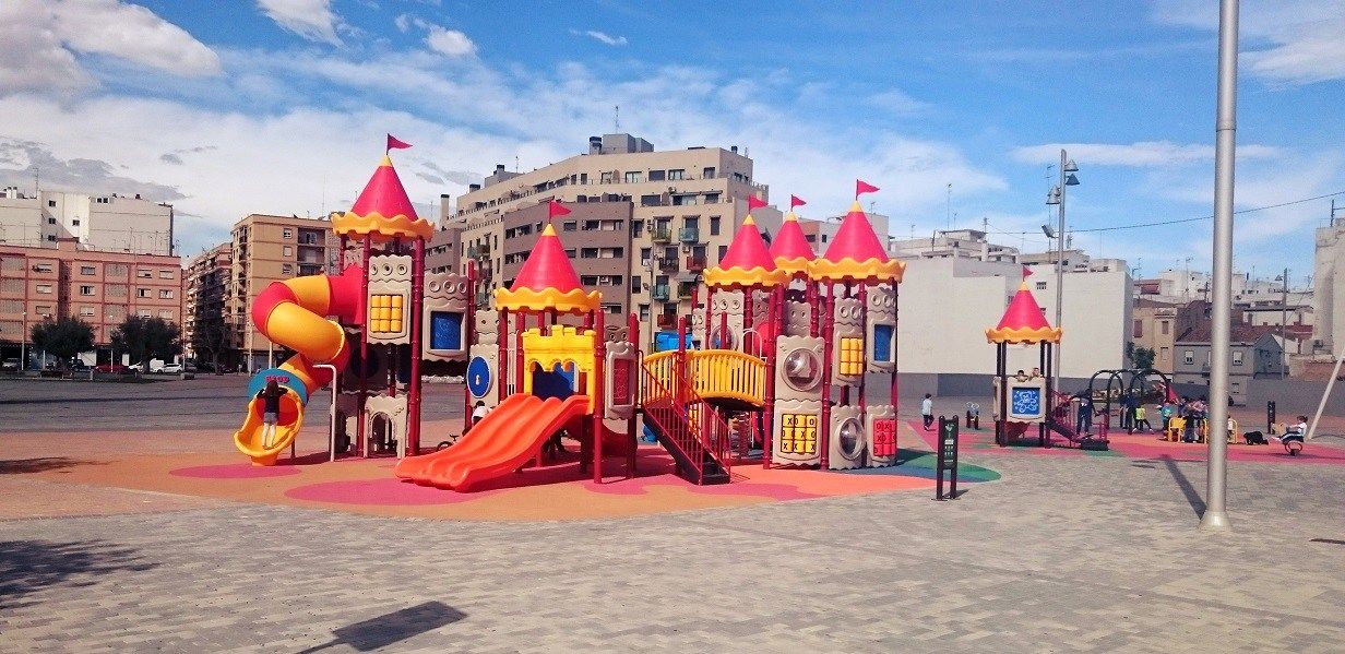 Los Mejores Parques Infantiles De Valencia Capital Para Visitar Con Niños Parques Infantiles Parque Infantil Al Aire Libre Parques