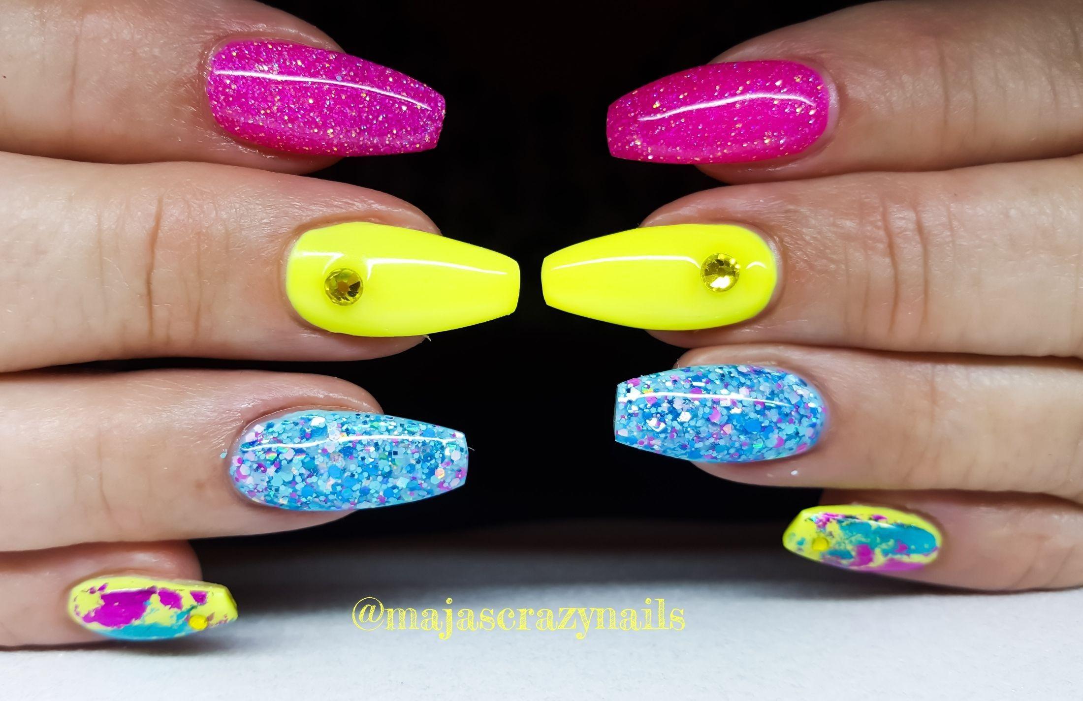 Pin by Maja Granberg on Miss Crazy Nails Design | Pinterest | Crazy ...