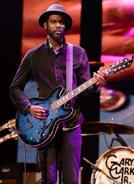 gary clark jr deviating just slightly from his recognizable cherry epiphone casino gary clark. Black Bedroom Furniture Sets. Home Design Ideas