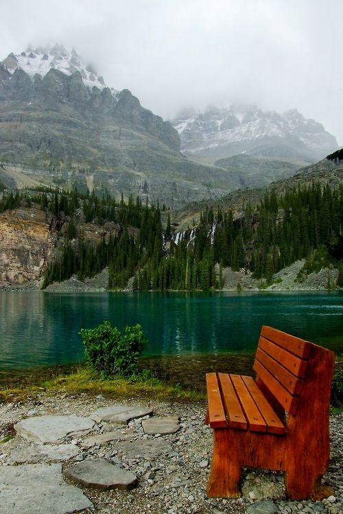 Ojala pueda algun día sentarme en ese banco. Lake O'Hara, Yoho National Park, British Columbia (Canada).