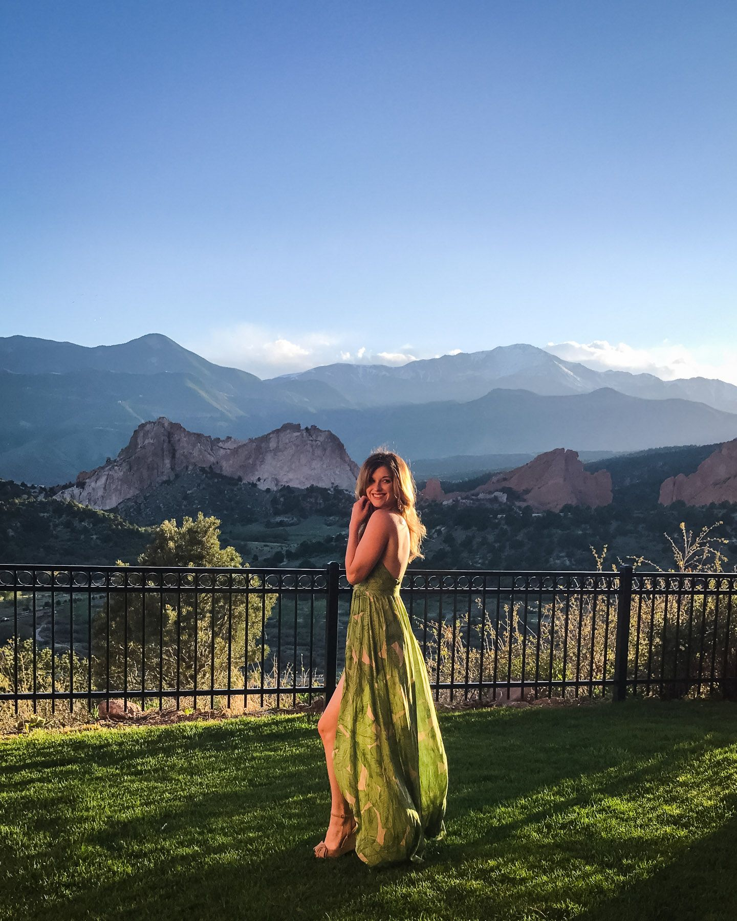 Cheap Wedding Dresses Colorado Springs: Garden Of The Gods Resort Review + Colorado Springs Girls