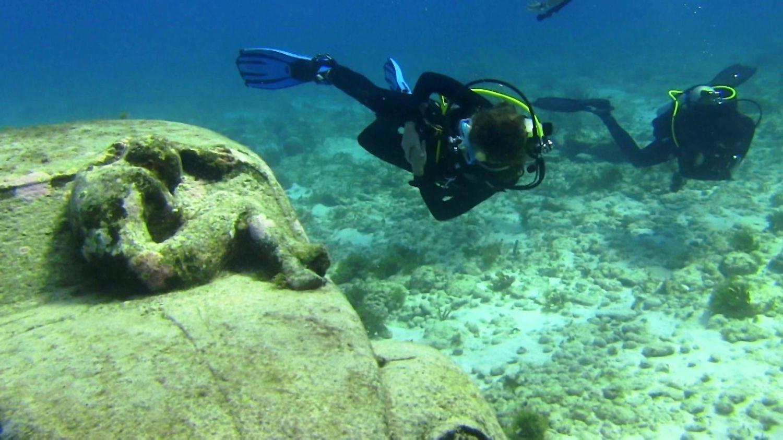 メキシコ 海底美術館 ダイビング - Google 検索